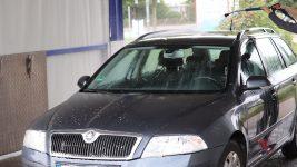 Auto waschen mit Hochdruckreiniger Autowaschanlage Skoda Kombi