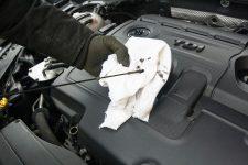 Motor Auto Ölwechsel Ölstand messen