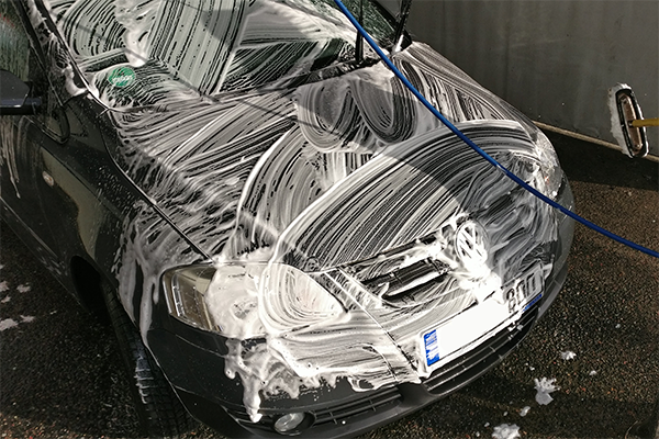 Autoshampoo Test am VW
