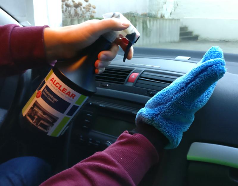 Innenreiniger Test im Auto