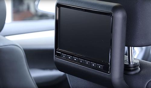 DVD Player für's Auto an der Kopflehne