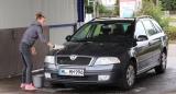 Auto selbst waschen – mit der 2-Eimer-Methode