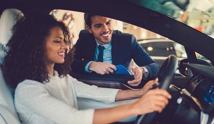 Tipps und Tricks für den Neuwagenkauf – so lässt sich bares Geld sparen!