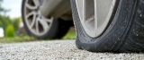 Reifenreparatur: Was Sie vor Ort tun können und was Sie auf jeden Fall sein lassen sollten