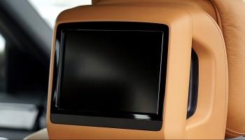Entertainment im Auto: nützliche Apps, Gadgets und Features