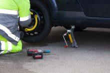 Wagenheber – damit wird der Reifen selbst gewechselt