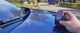 Schutz für den Autolack – Lackdicke mit einem Schichtdickenmessgerät überprüfen